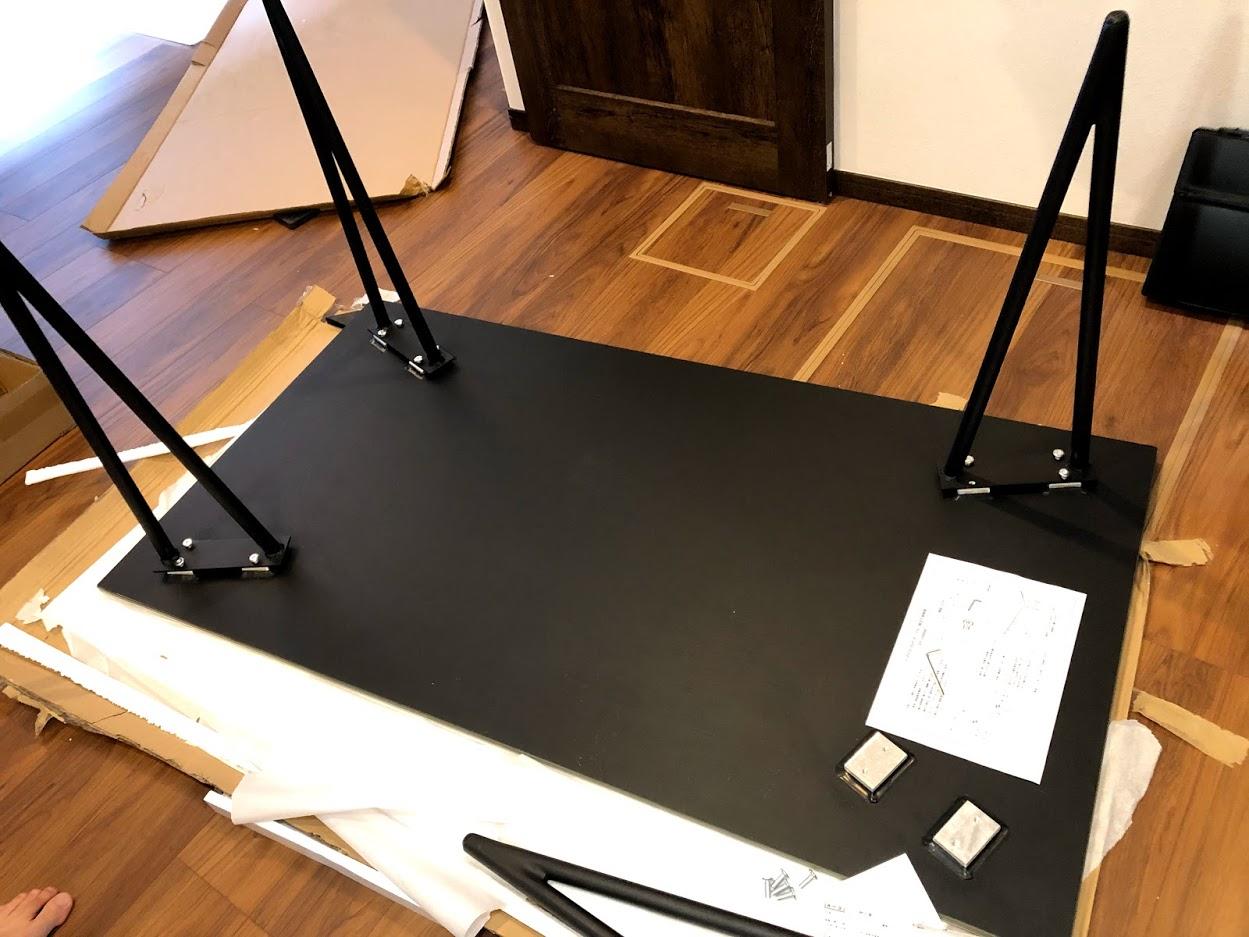 購入したセラミックテーブル